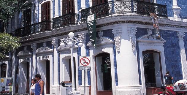 Casa de los azulejos villahermosa tabasco m xico for El mundo de los azulejos