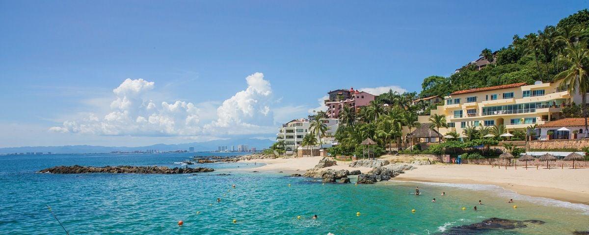 Los 8 destinos más populares para viajar en verano, ¿cuál eliges?
