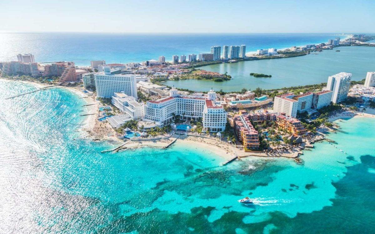 Vuelos a Cancún, opciones y costos para tu próxima visita