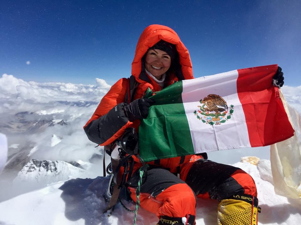 Viridiana Álvarez es la primera mujer en subir las 4  montañas más altas del mundo y es mexicana